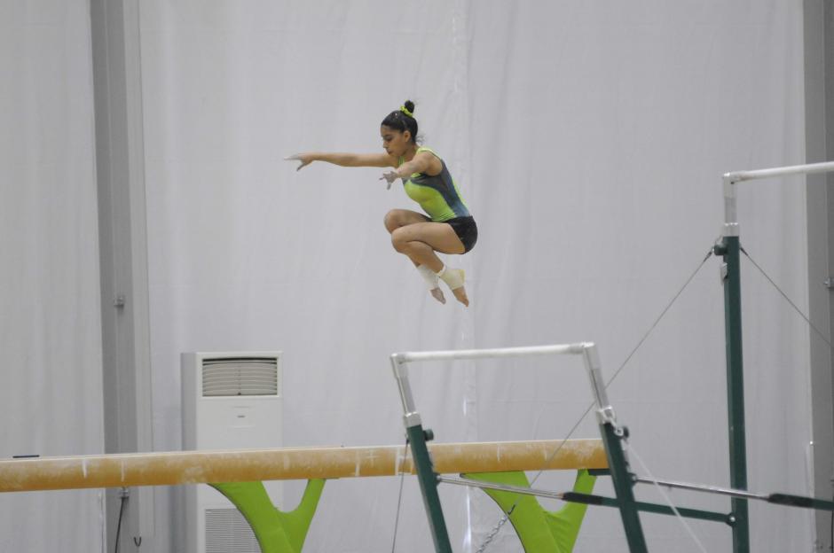 Viga es una de las pruebas más fuertes de Ana Sofía Gómez. (Foto: Pedro Pablo Mijangos/Soy502)