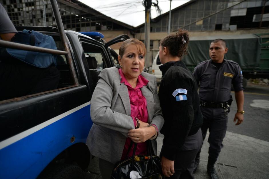 La magistrada llegó en una autopatrulla del Sistema Penitenciario. (Foto: Wilder López/Soy502)
