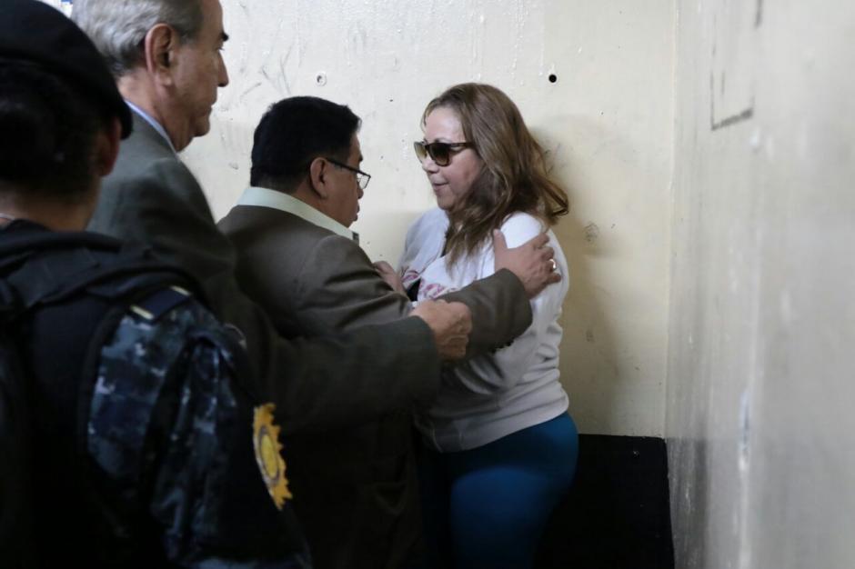 La magistrada pretendía disparar a los agentes. (Foto: Alejandro Balan/Soy502)
