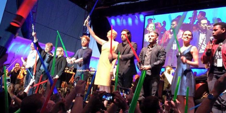 El elenco original de la cinta se reunió con la nueva generación que interpreta la última cinta de la serie creada por George Lucas. (Fotos: El Comercio)