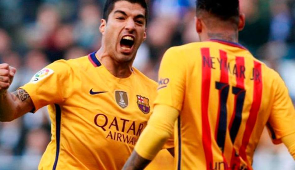 Suárez superó ya en goles al brasileño Ronaldo, vestido de azulgrana. (Foto: lr21.com.uy)