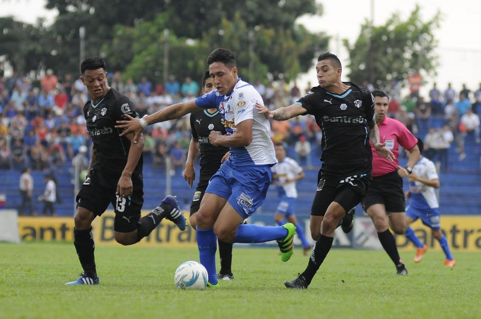 Suchi ganó su octavo partido del Clausura 2016 y alcanzó 26 puntos en la tabla. (Foto: Orlando Chile/Nuestro Diario)