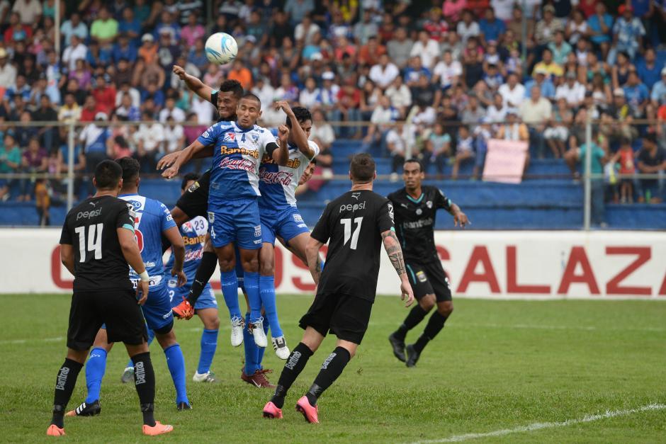 Suchi sigue invicto en casa, seis partidos jugados, cinco ganados y uno empatado. (Foto: Sergio Muñoz/Nuestro Diario)