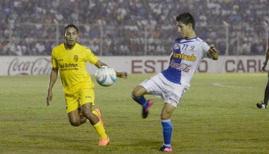 Suchitepéquez no pudo en casa y sufrió para conseguir el empate 3-3 contra Guastatoya. (Foto: Nuestro Diario)