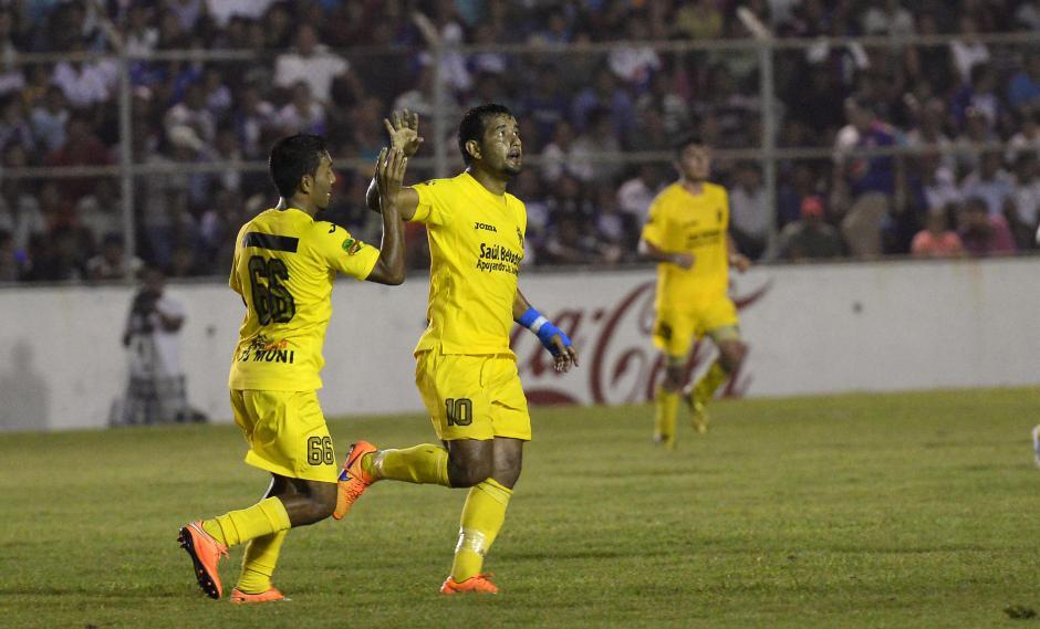 Víctor Solalinde marcó uno de los goles de Guastatoya en el empate 3-3 frente a Suchi. (Foto: Nuestro Diario)