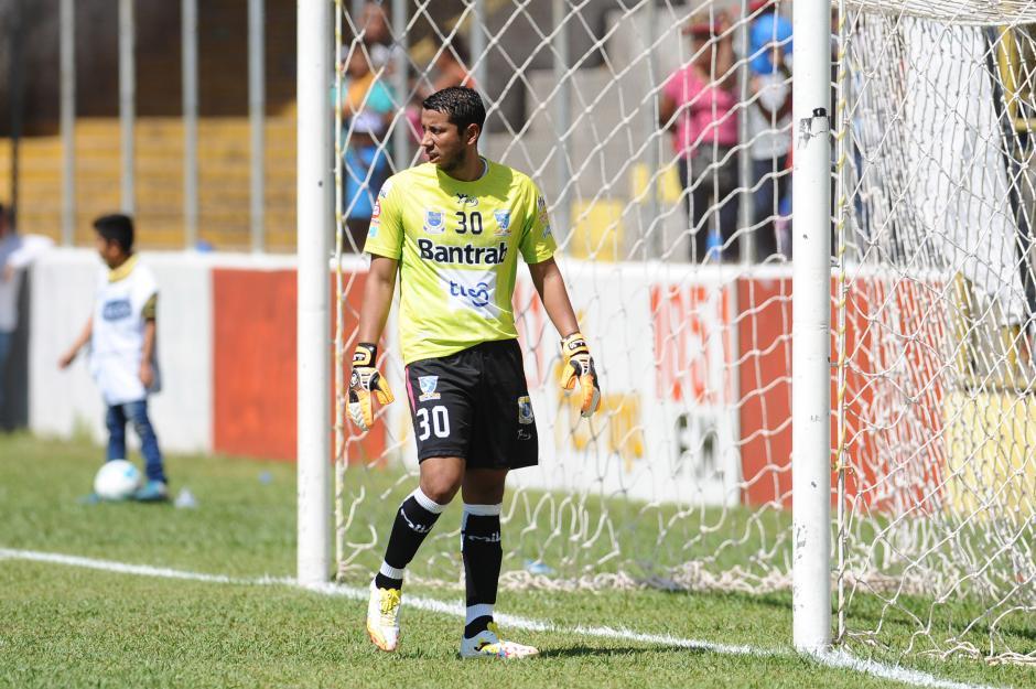 Juan José Paredes regresó oficialmente al fútbol, ahora defendiendo a Suchitepéquez. (Foto: Nuestro Diario)