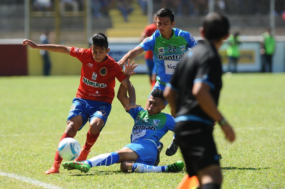 Municipal y Suchitepéquez no pasaron del 0-0 en la jornada 1 del Clausura 2017. (Foto: Nuestro Diario)