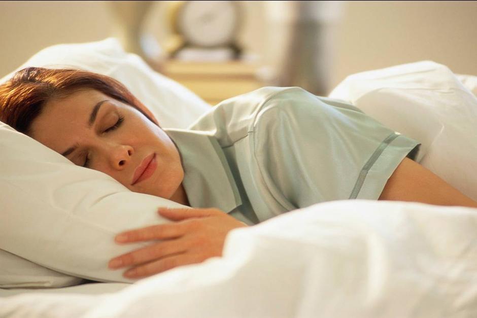La mala calidad del sueño es igual al consumo excesivo de alcohol. (Foto: Archivo)