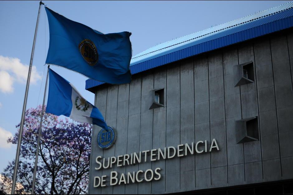 La Superintendencia de Bancos tendría que rendir un informe a la Junta Monetaria previo a rescatar un banco. (Foto: Archivo/Soy502)