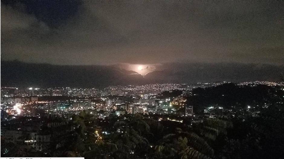 Vista desde el mirador Colinas de Valle Arriba, Caracas, Venezuela. (Foto: Instagram/@juanjoseojedadiaz)