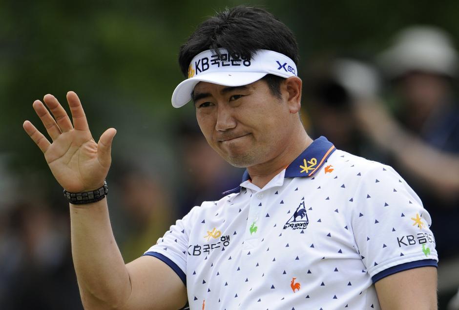 Charlie Wi lidera el actual torneo de golf de Vietnam