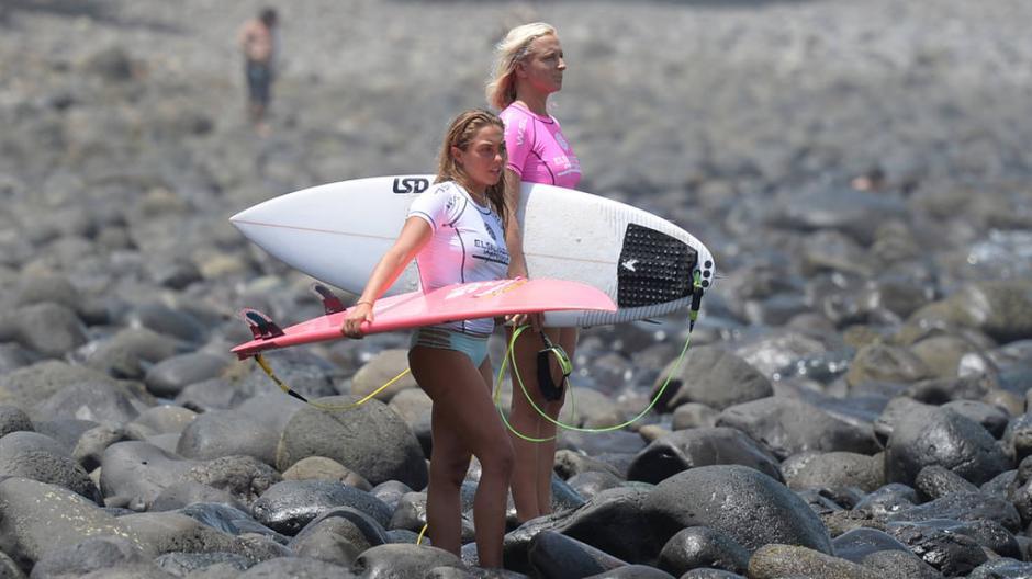 Las australianas Ellie Brooks y Georgia Fish son participantes de este campeonato. (Foto: Húber Rosales/El Diario de Hoy)