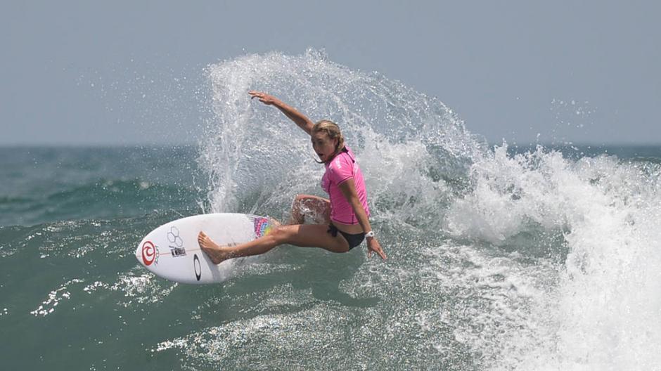 Nikki Van es una de las más talentosas del Campeonato de Surf de El Salvador. (Foto: Húber Rosales)