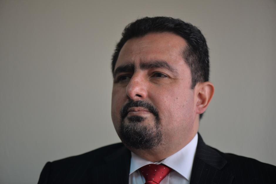 Vernon González fue condenado a 5 años de prisión. Era abogado del Partido Patriota. (Foto: Archivo/Soy502)