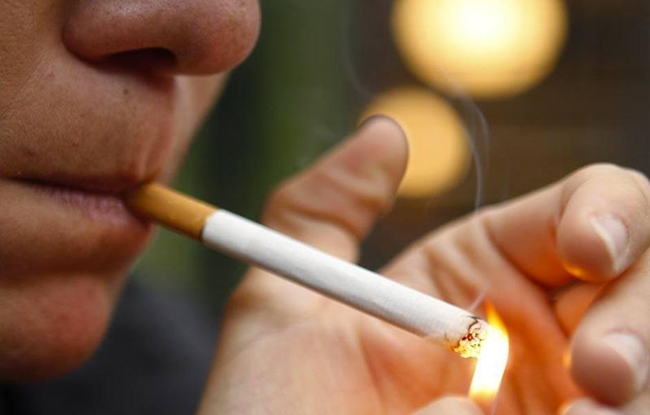 Ya sea fumado o mascado, está científicamente comprobado que el tabaco produce cáncer. (Foto: Google)