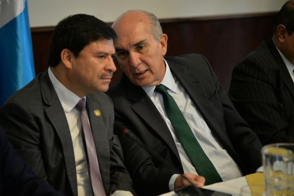 Los presidentes de los organismos Legislativo y Judicial también participaron en la reunión. (Foto: Wilder López/Soy502)