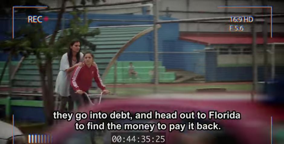 Natalia y Adriana saben que quieren contar una historia que no pasará inadvertida. (Foto: Youtube)