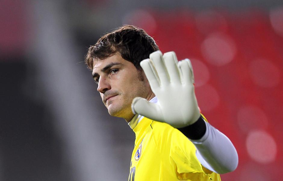 Iker Casillas dirá adiós al Real Madrid tras una carrera de 25 años en el club merengue. (Foto: taringa.net)