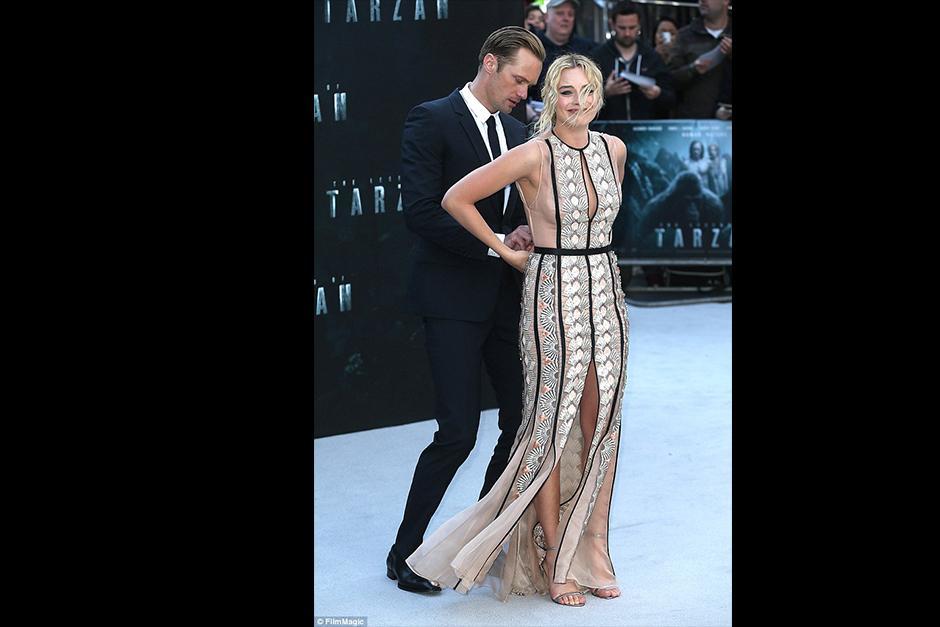 Su compañero de reparto Alexander Skarsgard, fue a ayudarla lo más rápido posible. (Foto: dailymail.co)