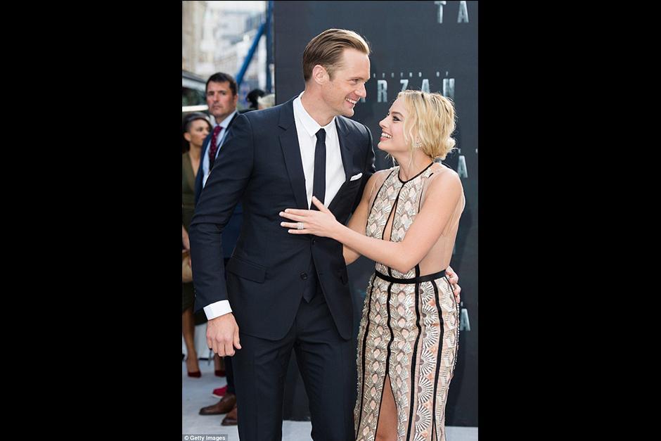Ambos actores aprovecharon para tomarse fotos juntos. (Foto: dailymail.co)