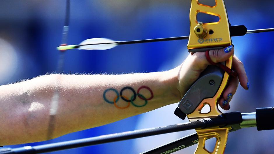 El tatuaje de la sueca Christine Bjerendal. (Foto: AFP)