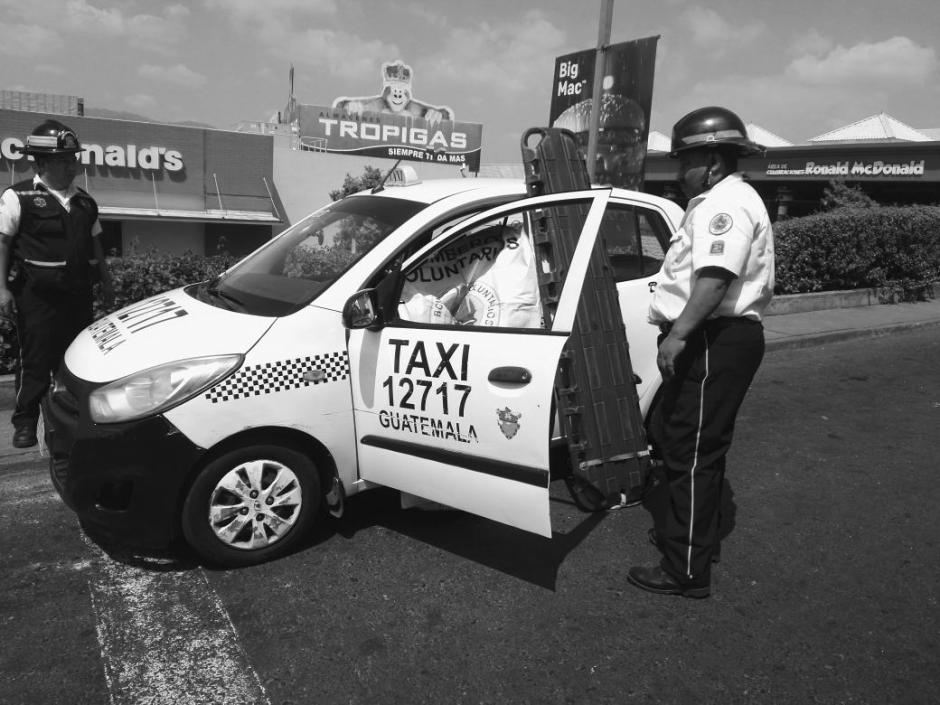 Los dos taxistas muertos en Mixco fueron atacados en la misma calle.(Foto: @BVoluntariosGT)