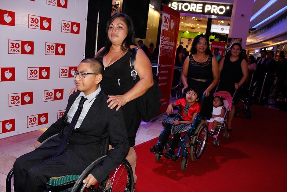 Niños de Fundabiem fueron los invitados de honor. (Foto: Stanley Herrarte/Nuestro Diario)