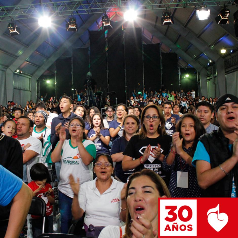 Cientos de personas asistieron al evento realizado en el parque de la Industria. (Foto: Facebook/Teletón)