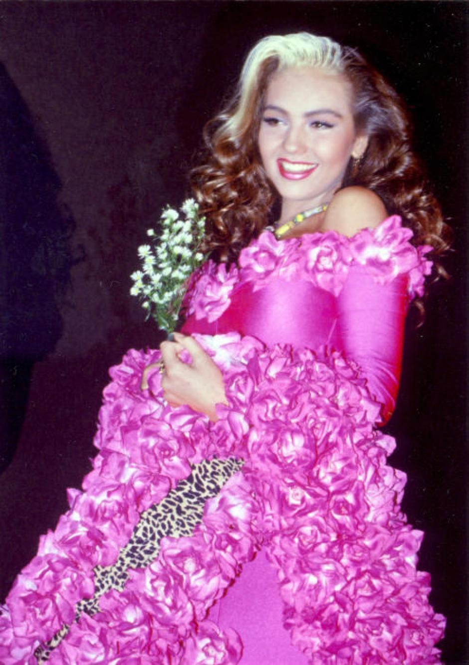 Thalía era la reina de los look sobrecargados. (foto: Univisión)