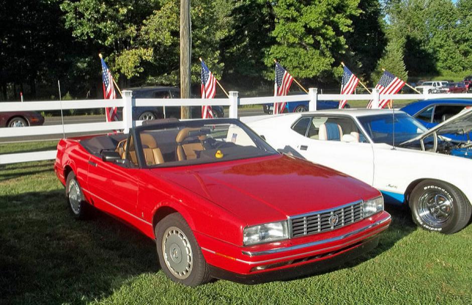 El Cadillac Allanté rojo es uno de los preferidos del mandatario, este pertenece entre 1987 y 1993. (Foto: That Hartford Guy/Flickr)