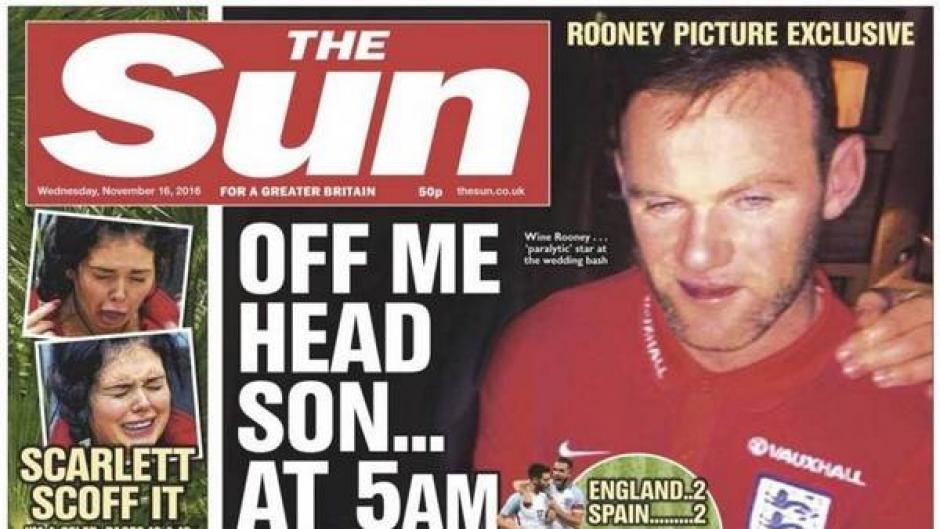 El diario inglés le dio la portada a una foto de Rooney en estado de ebriedad. (Foto: Twitter)