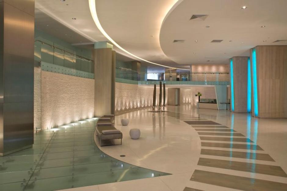 Este es el vestíbulo del edificio. (Mint at Riverfront/Facebook)