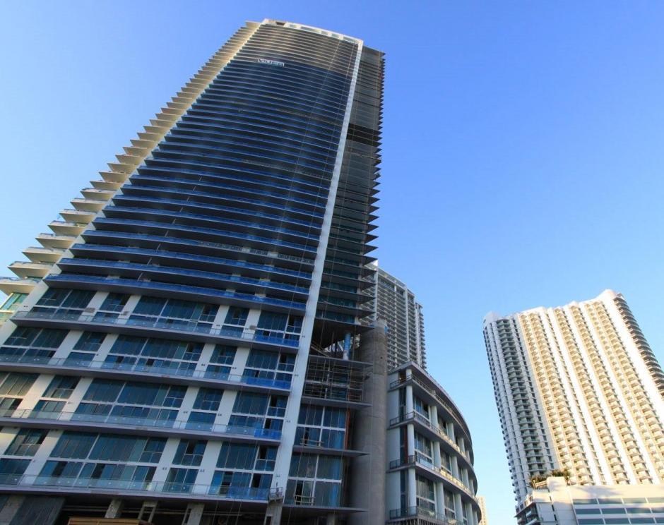 El apartamento de Archila está valorado en 852 mil dólares, unos 6.6 millones de quetzales. (Foto: costamiamihomes.com)