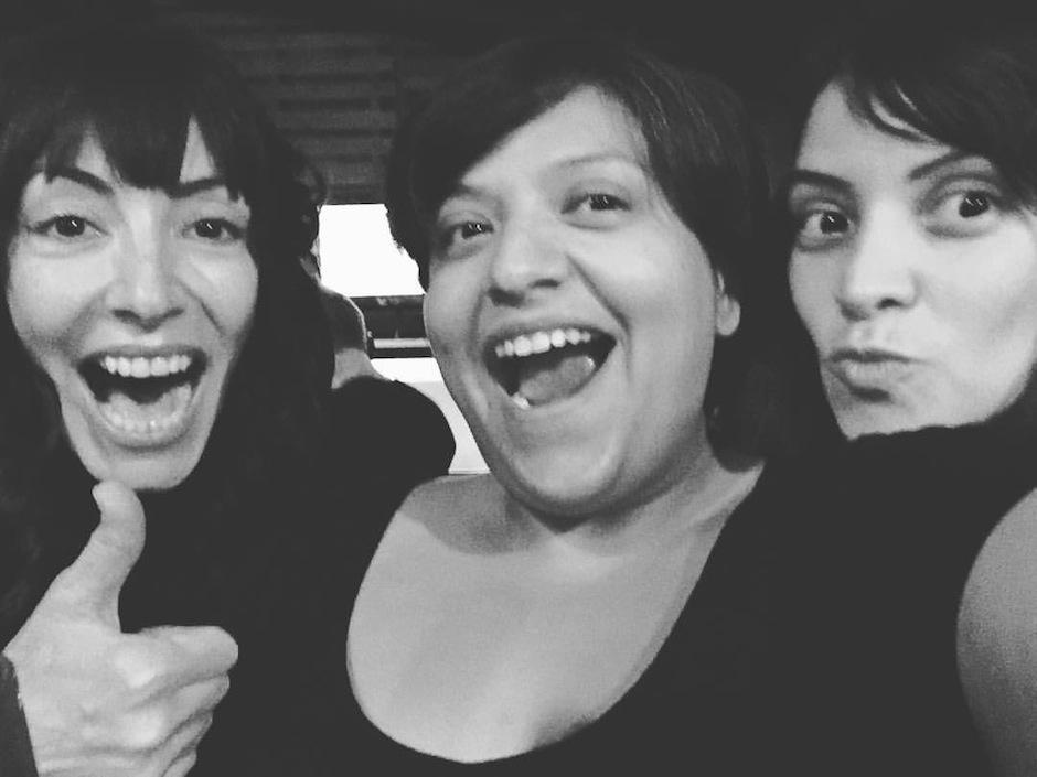 El trío disfrutó realizando esta canción, dedicada a la víspera del día de brujas y de los muertos. (Foto: TheSongBirds)