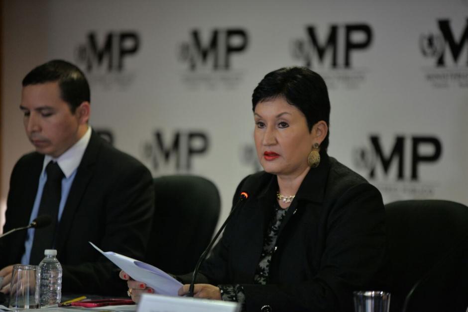 Thelma Aldana, jefa del MP, señala que el hijo de Jimmy simuló dos empresas para realizar el evento en Guatecompras. (Foto: Wilder López/Soy502)
