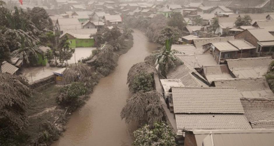 El poblado ha tenido que ser evacuado por los efectos de la erupción del volcán Kelud. Foto:JakartaGoble