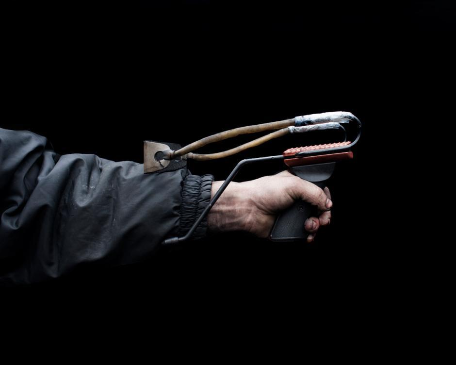 Había armas más avanzadas en uso por los manifestantes, incluyendo armas automáticas, pero aparentemente se mantuvieron encerrados en caso de que la situación degenerara en una guerra abierta. (Foto: Wired/Tom Jamieson)