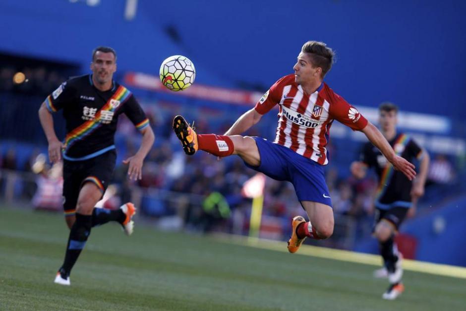 Duelo entre equipos de Madrid. El Rayo le hizo partido al Atlético, pero cayeron. (foto: deportes.elpais.com)