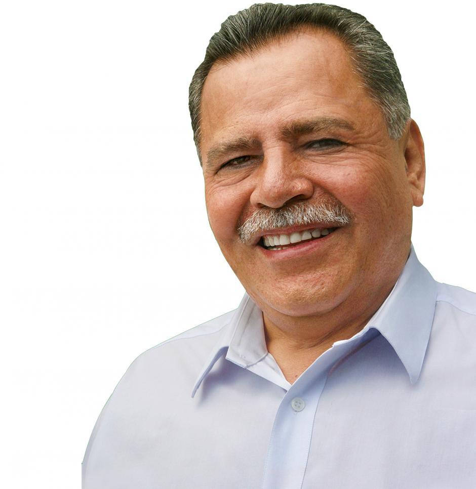 José Domingo Sical, de Todos, ha fungido como asesor del Ministerio de Gobernación, Magistrado de la Corte Suprema de Justicia y también fue alcalde en funciones de Villa Nueva. (Foto: José Domingo Sical)