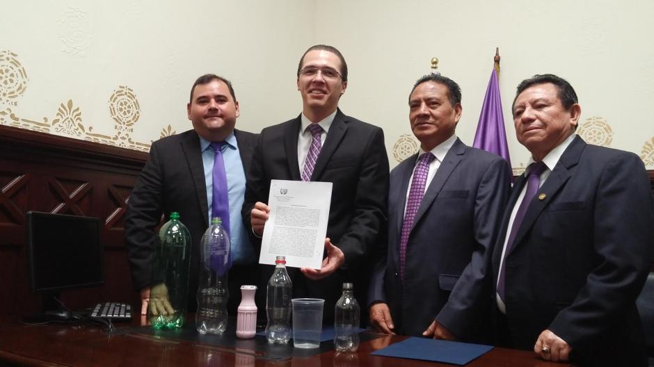 La iniciativa presentada por la bancada Todos podría regular el uso de este material. (Foto: José Miguel Castañeda/Soy502)