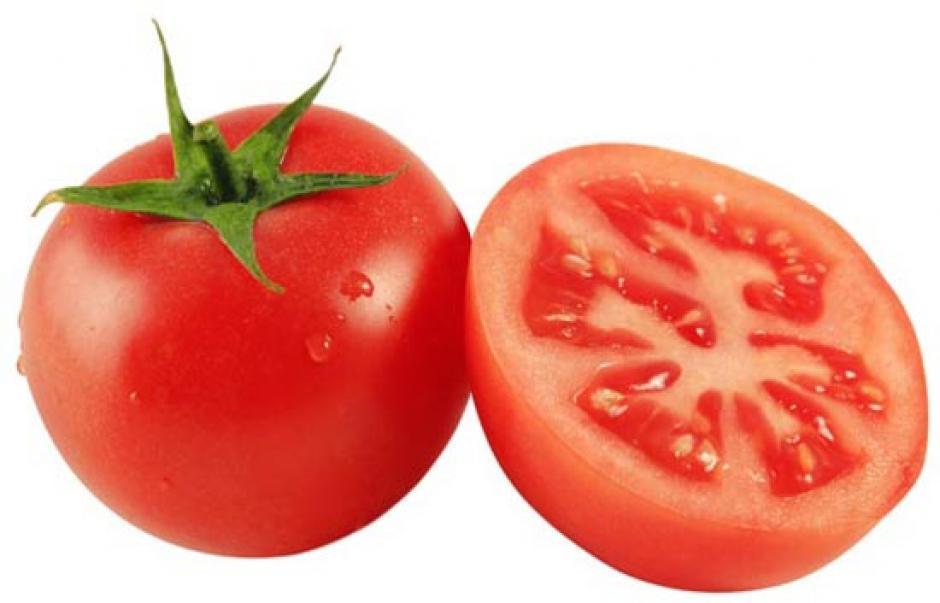 """7. Tomate: """"Ontario Greenhouse Vegetable Growers"""" afirma que el aire frío puede convertir la pulpa de los tomates en papilla. El frío daña sus membranas interiores, por eso es recomendable tenerlos a temperatura ambiente. (Fuente: Morguefile)"""