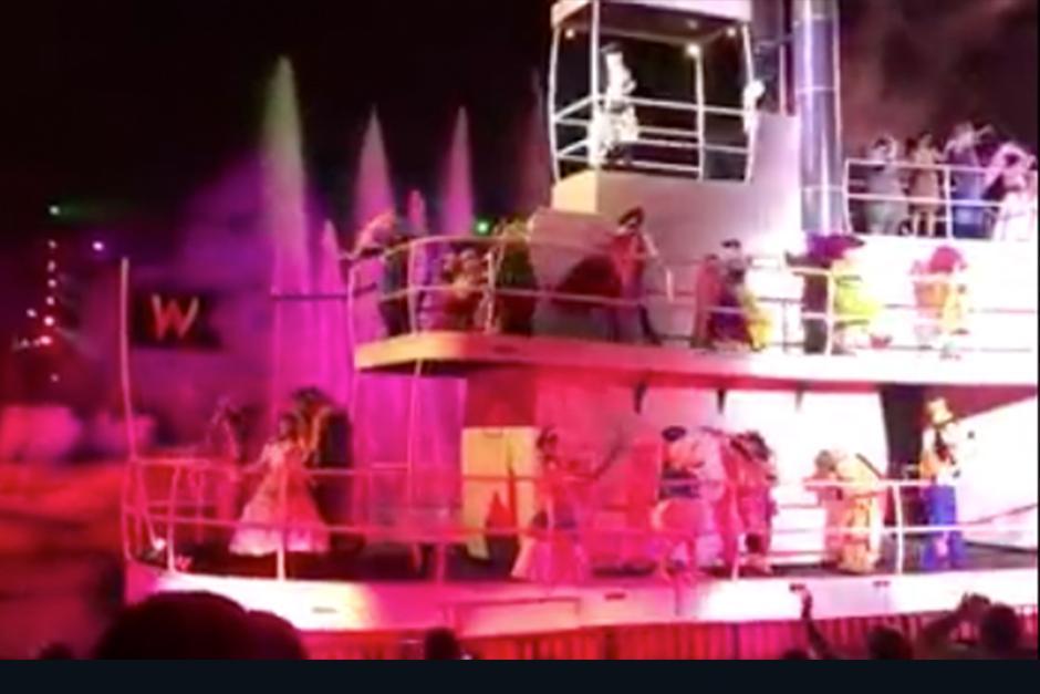 En el video se ve cuando Tontin bailaba felizmente en el segundo piso junto a los otros enanitos. (Foto:Orlando Informer )