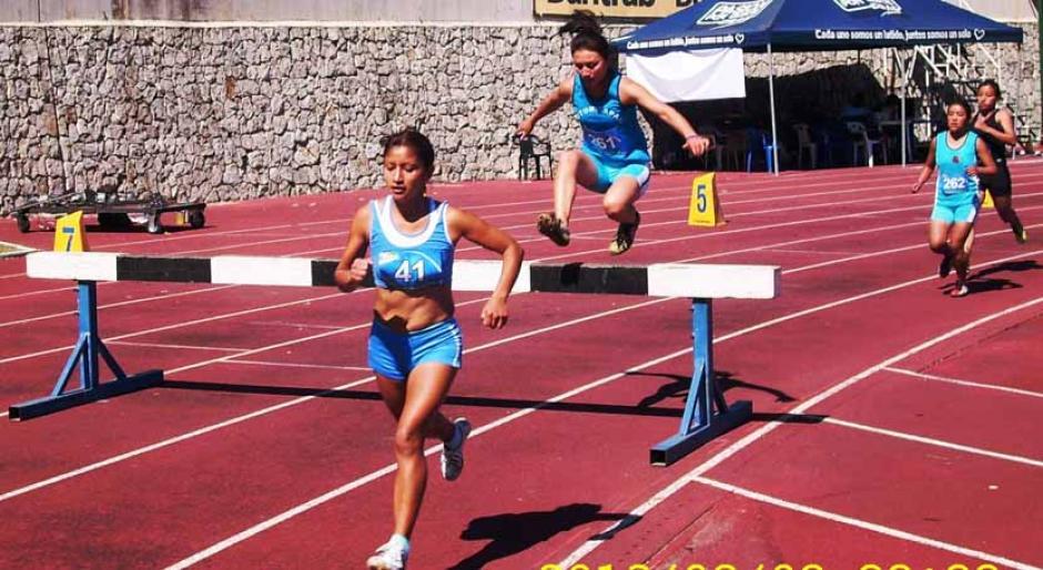Evonne Marroquín, 1500 metros cobn vallas, nacional de atletismo, Guatemala