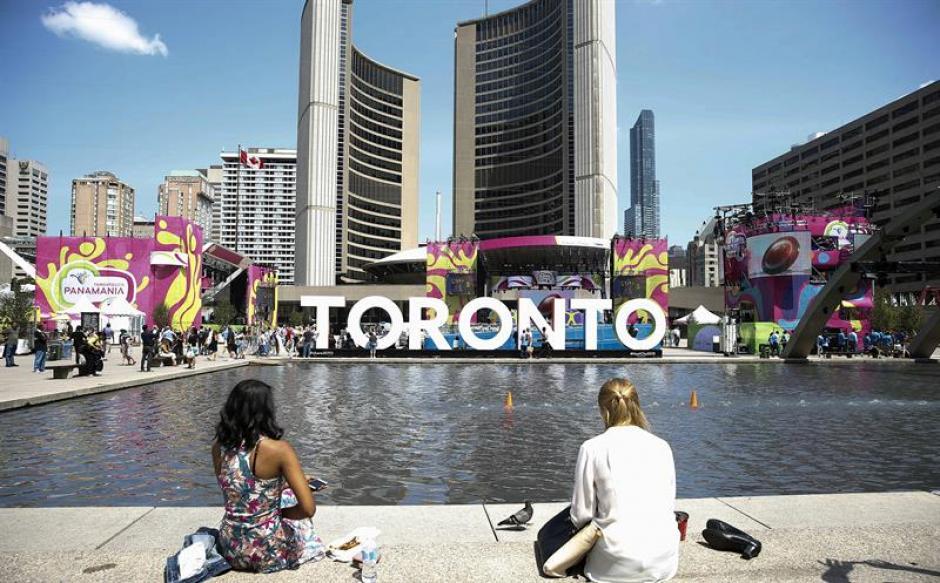 La llama de la antorcha de los Juegos Panamericanos ha llegado hoy, viernes 10 de julio, a la ciudad canadiense de Toronto. (Foto: EFE)