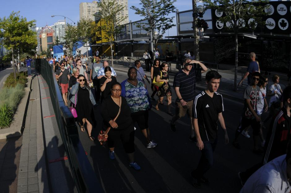 Varios llegaron al lugar donde se desarrolló la ceremonia de inauguración. (Foto: Cortesía Nuestro Diario)