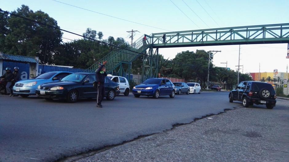 La regulación del tránsito en esa ruta le corresponde a Villa Nueva, San Miguel Petapa y la Capital.  (Foto: @SantosDalia)