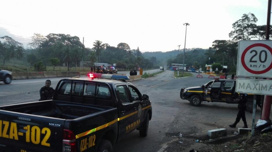 La PNC se encuentra brindado seguridad perimetral en las aduanas. (Foto: PNC)