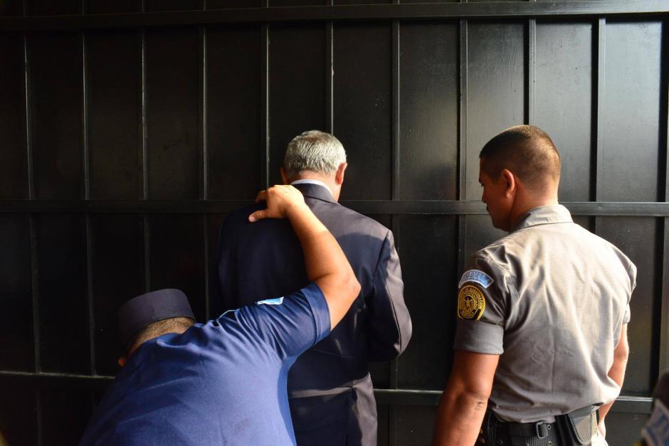 Pérez Molina junto a la exvicepresidenta Roxana Baldetti son sindicados en caso TCQ. (Foto: Jesús Alfonso/Soy502)