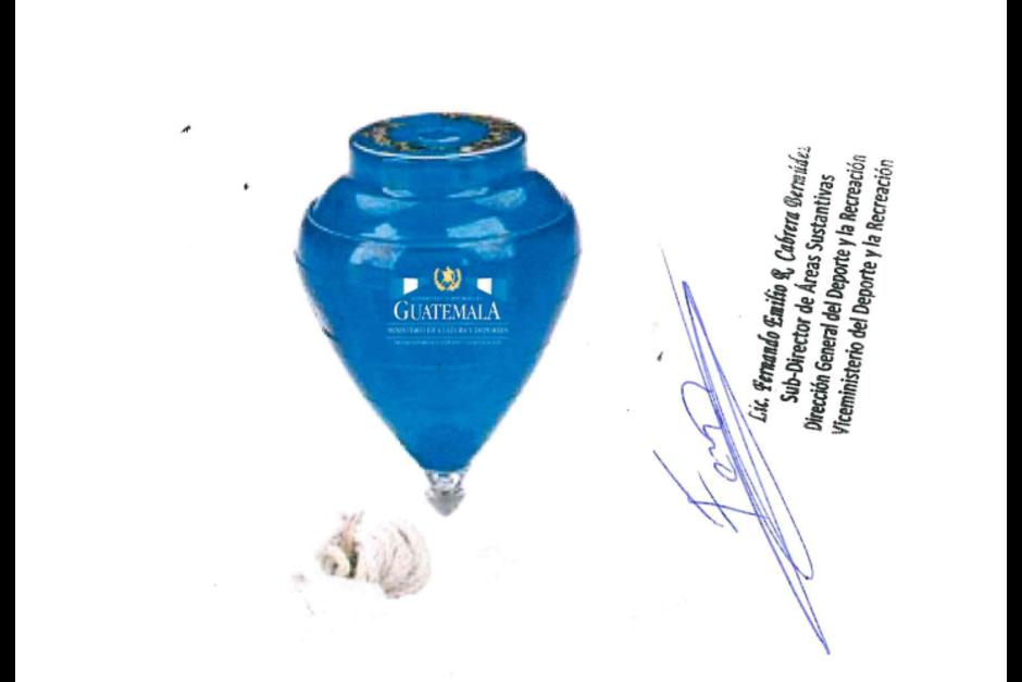 La anulación de la compra de 5 mil trompos del Ministerio de Cultura y Deportes desató que la institución cancelara otros contratos. (Foto: Guatecompras)