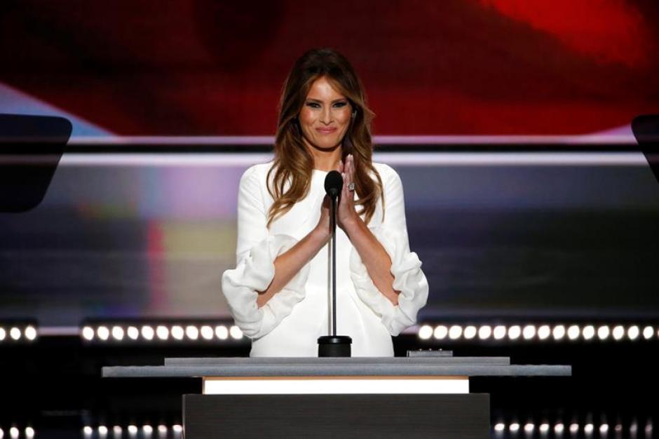 Melania Trump utilizó palabras similares a las de Michelle Obama ocho años atrás. (Foto: Efe)